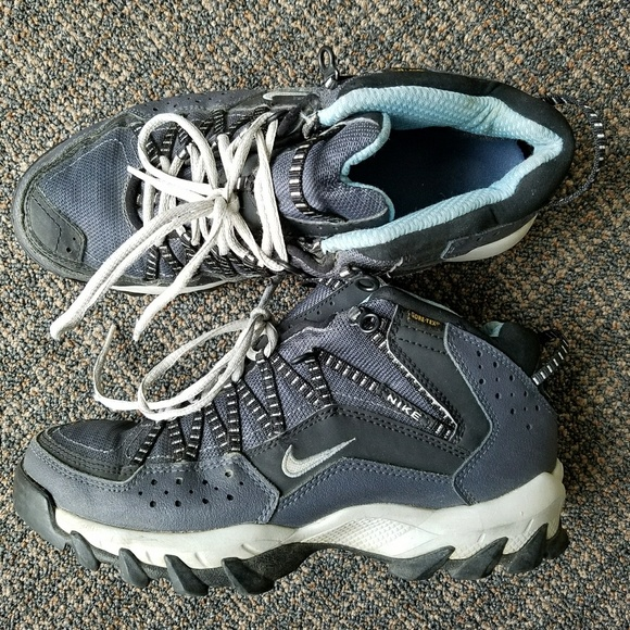 528afc03e9c9bd Nike ACG Gore Tex Hiking Boots Takao Trail outdoor.  M 5af7881384b5ce56fdfc27c7